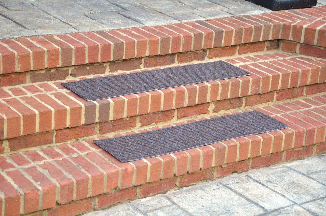 Charmant Dean Stair Treads