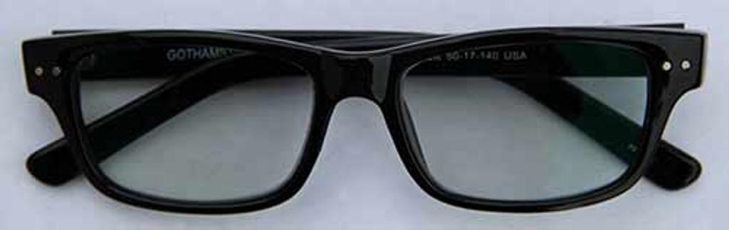 Reading Glasses with Lenses that Darken in Sun