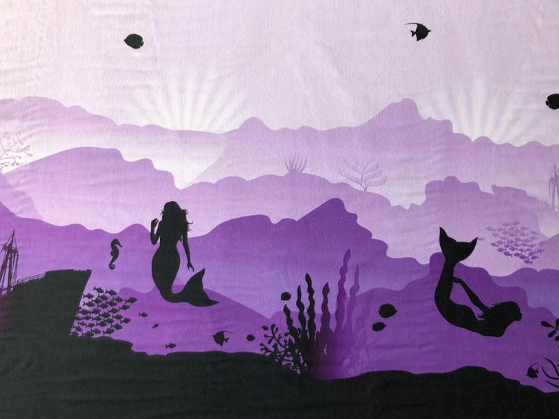 Mermaid border print