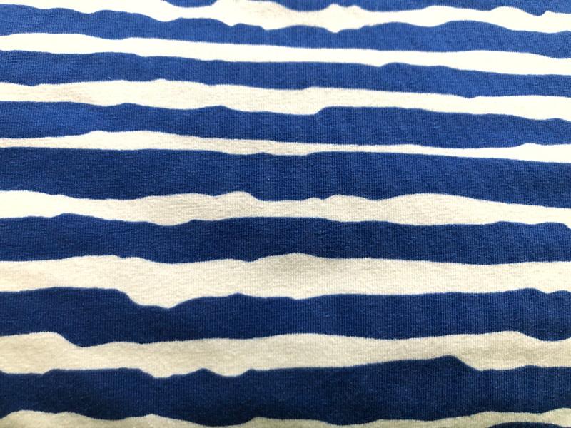 Uneven cobalt stripes