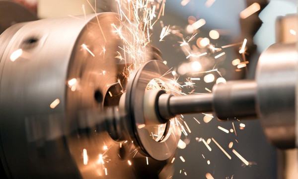 Current Machining Industry Trends to Watch