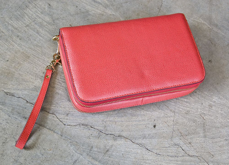 Concealed Carrie Bright Red Leather Compact Carrie (10000022)
