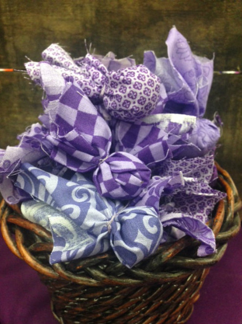 Mini Lavender Sachets  $1 each or 6 for $5!