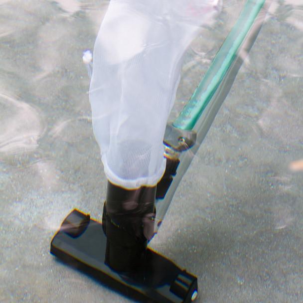 Black Magic Jet Vacuum - In Water