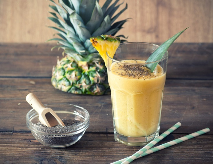 Pineapple, coconut and turmeric pick me up
