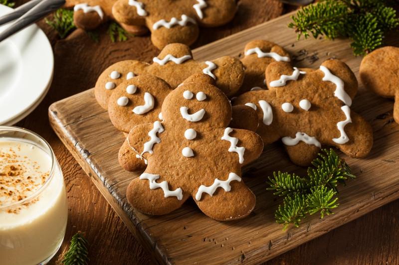 Healthy holiday gingerbread men