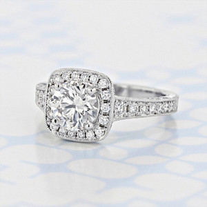 Engraved Halo Round Shape Lab Diamond Engagement Ring (2006073)