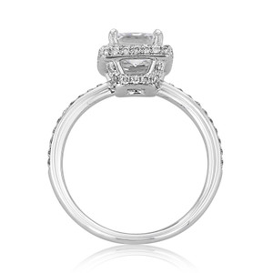 Halo Pavé Engagement Ring (DC24)