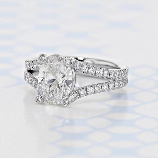 Danhov Split Ring Body Oval Shape Lab Diamond Engagement Ring (2006413)