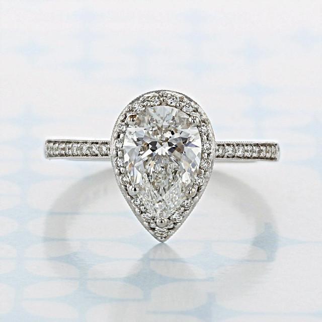 Tacori Coastal Crescent Pear Shape Diamond Engagement Ring (2006861)