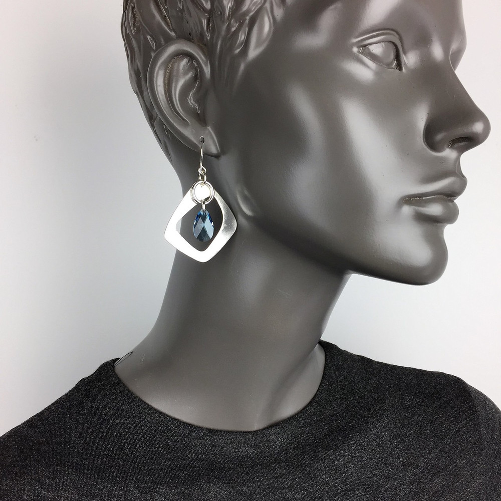 Retro Teardrop Earrings
