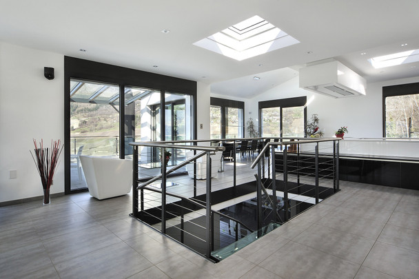 VELUX 47 1/4 x 47 1/4 Flat Roof Skylight with CurveTech Top Cover CFP 120120 1093