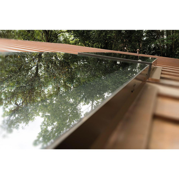 Fakro FXC 22-1/2 in. x 22-1/2 in. Fixed Curb-Mounted Skylight with Laminated LowE366 Glass