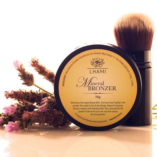 Mineral Bronzer & Kabuki Brush