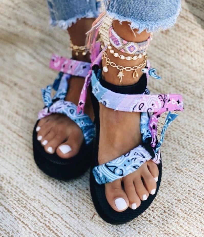 arizona-loves-trekky-sandals-tie-dye-pinkblue2-2-.jpg