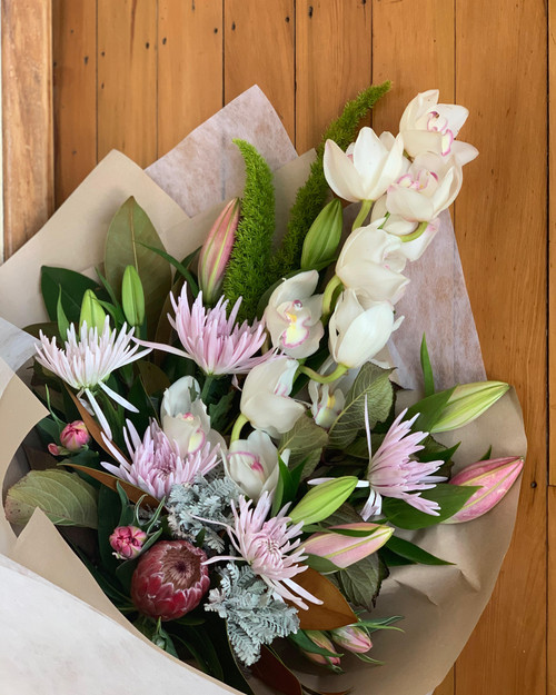 Pastel florist choice bouquet