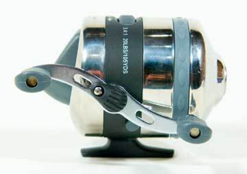 Eagle Claw Reel Titan Spincast 2BB 20lb 3.4:1