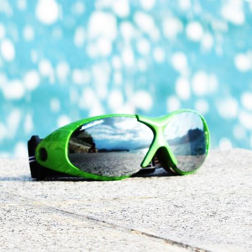 Spark Goggles Green Frame/Smoke Lens includes Case