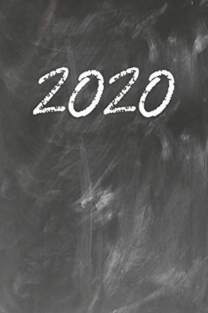 Grand Fantasy Designs: 2020 chalk on green blackboard - Notebook 6x9 dot grid