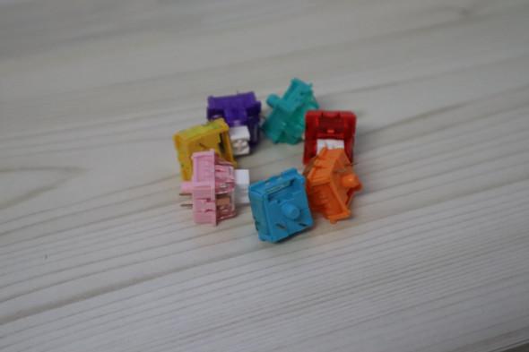 Rainbow Iceberg Switch - 10 Count