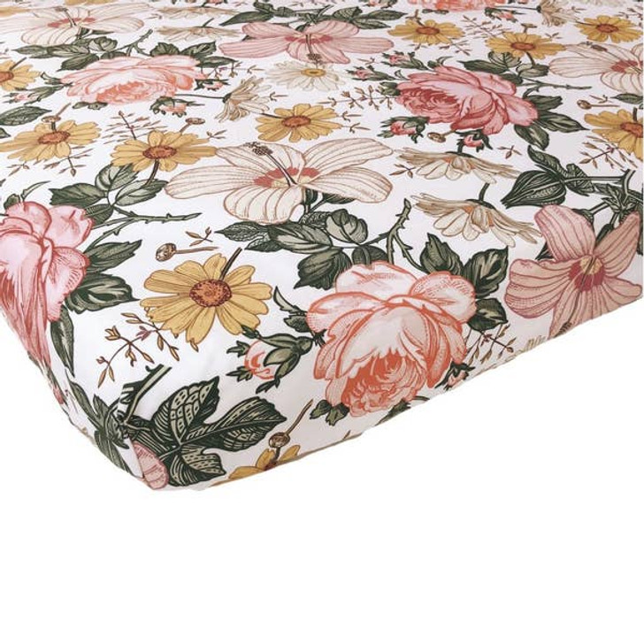 Crib Sheet Garden Floral White   Mini Scout