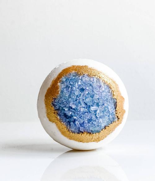 Manifest it All - Celestine Crystal Bath Bomb