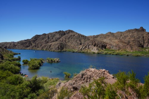 ベテランガイドと行くコロラド川とグランドキャニオン、地理と歴史探訪1日観光