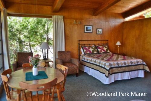 Woodland Park Manor