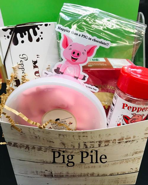 Peppermint Pig Pile