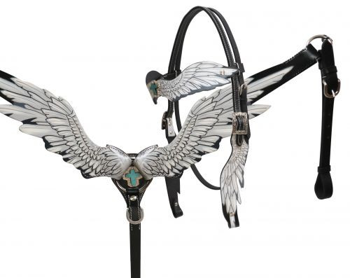 Showman ® Angel wing headstall and breast collar set.
