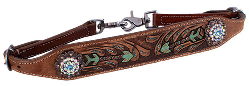 Showman ® Hand painted arrow design wither strap.