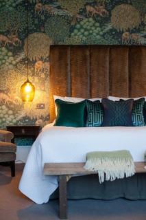 Guide to using the konmari method and William Morris interior design ideas to bring joy all around you