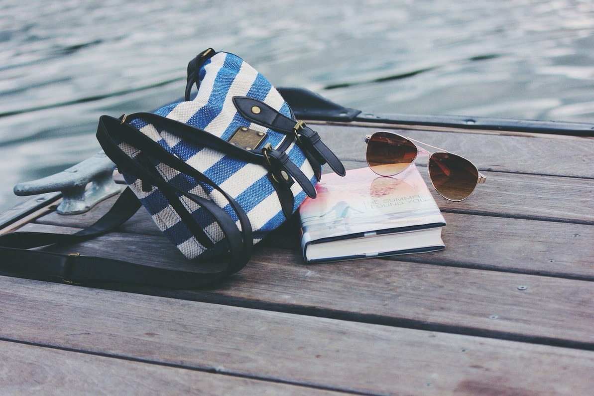 16 Sizzling Books You Need to Read This Summer