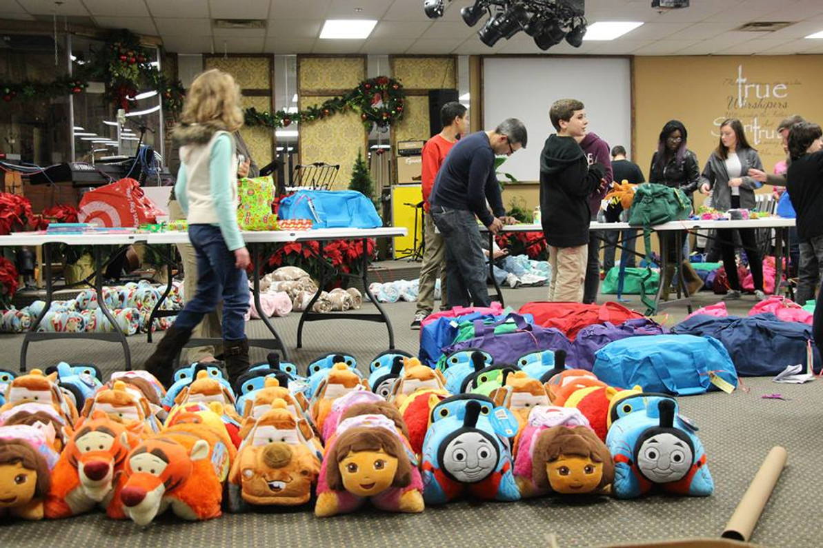 Bags of Hope Brings Holiday Cheer to Foster Children