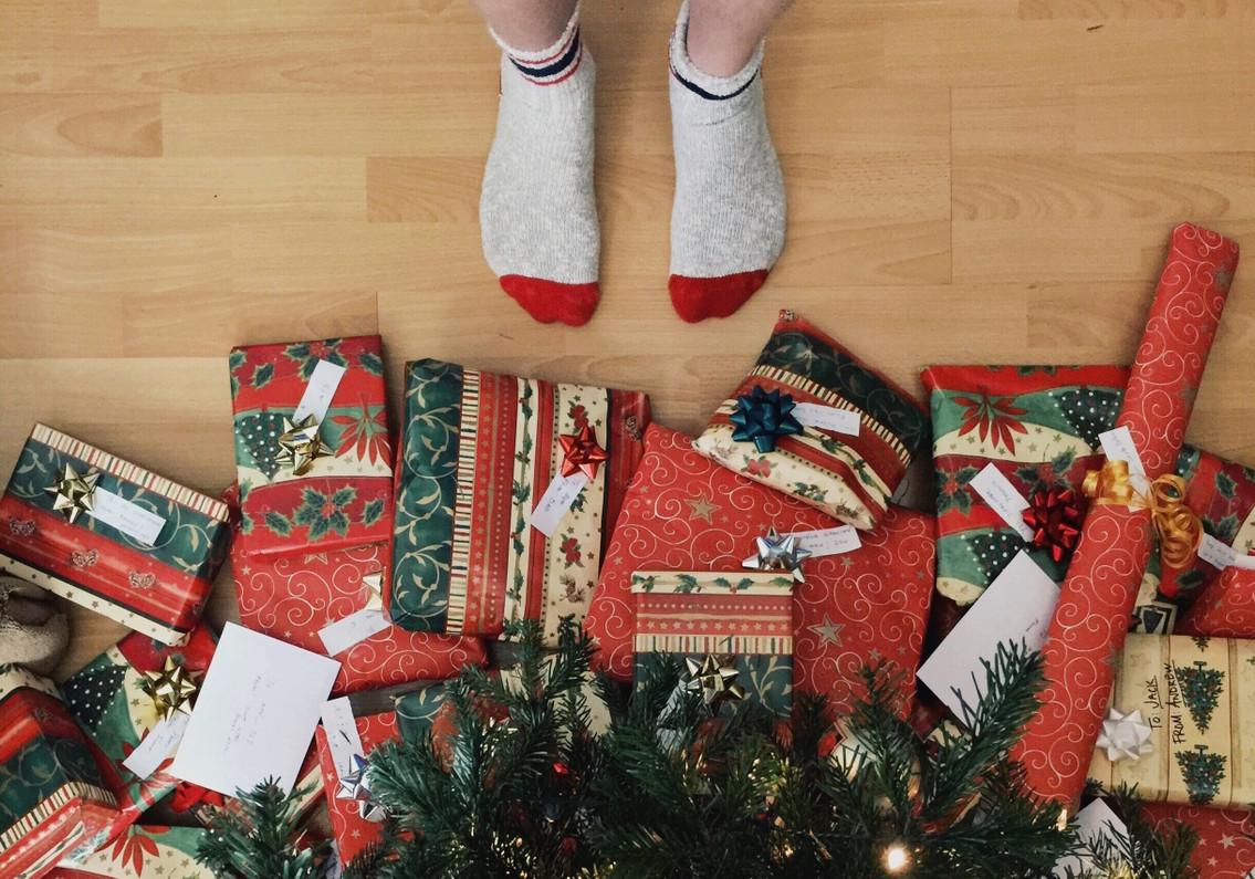 11 Religious Gift Ideas for the Holiday Season