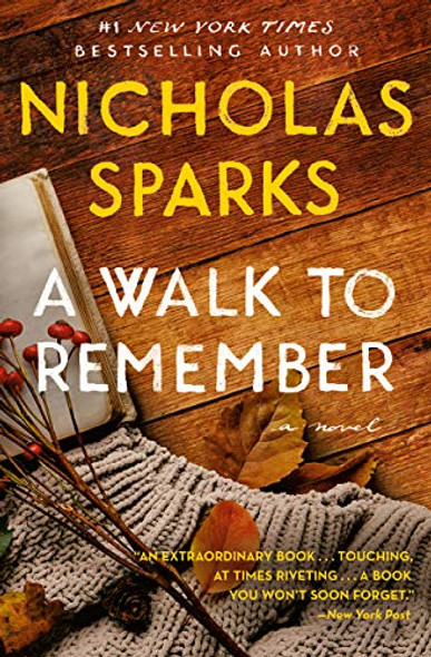 A Walk to Remember [Paperback] Cover