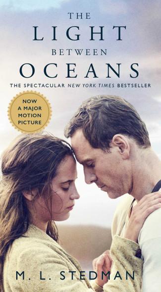 The Light Between Oceans [Mass Market Paperback] Cover