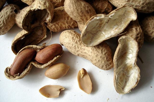 natural peanuts
