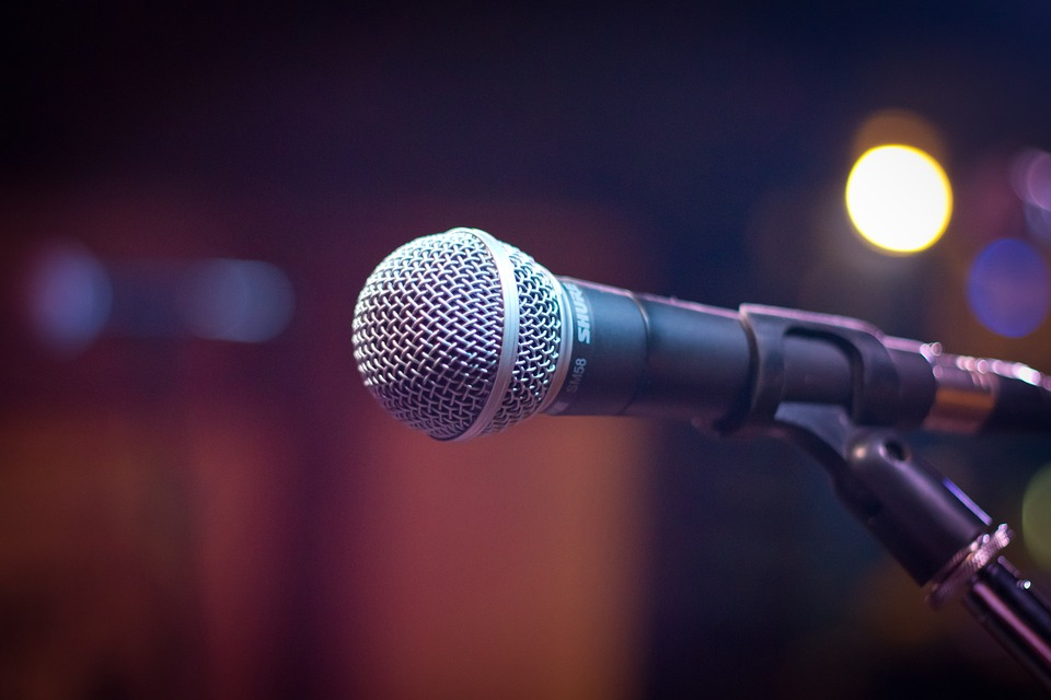 microphone-1261793_960_720