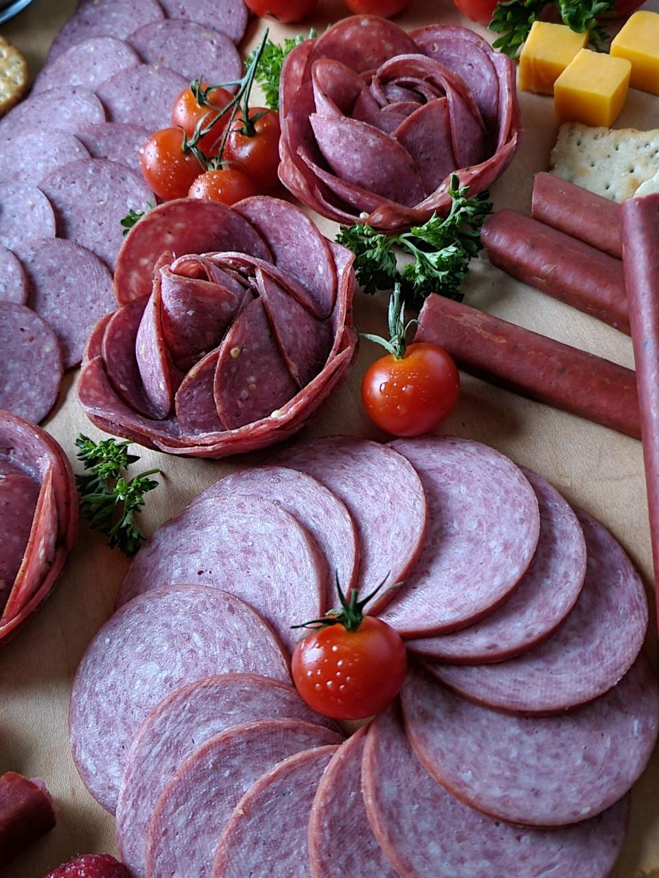 Gottenburg Summer Sausage approx 2lb artificial casing