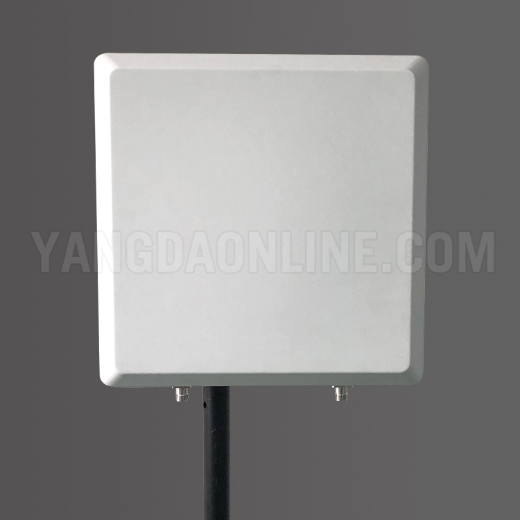 directional-panel-antenna-3.jpg