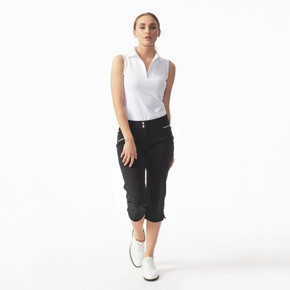 Daily Sports Capri Black 74 CM - Front Lifestyle