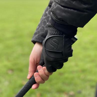 Elegance Women's All Weather Black Golf Glove
