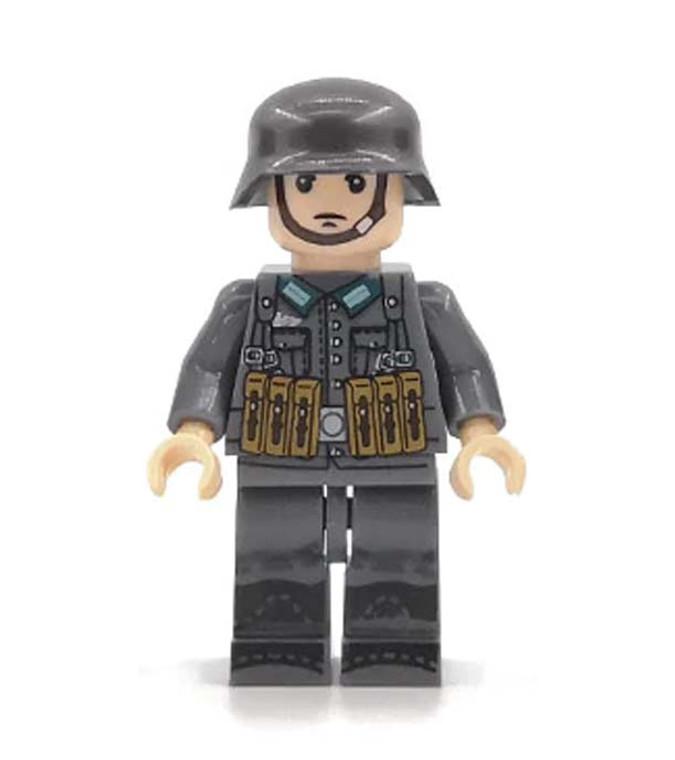 Custom Minifigure - WW2 German Rifleman Soldier