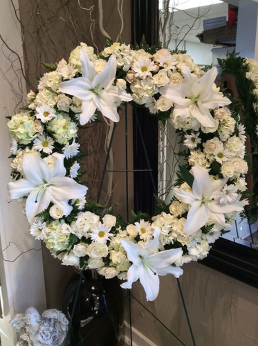 Large Wreath on Easel