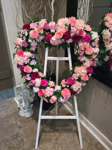 Large Standing Heart Easel in Pinks and Purples