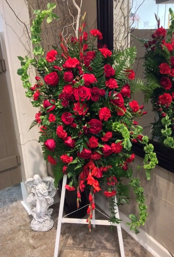 Stylish Garden Easel in Reds