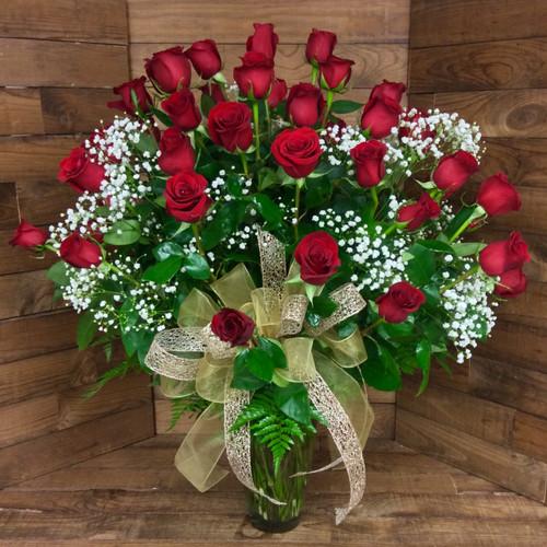 50 Premium Long Stemmed Ecuadorean Roses Arranged