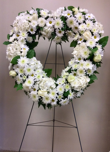 Fresh Open Heart Wreath in Creams and Whites