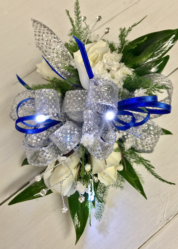LED lights wrist corsage with 5 sweethearts